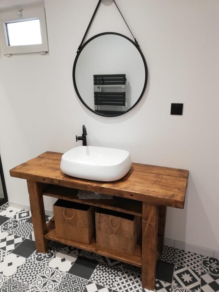 Meuble vasque sur-mesure, pose robinetterie et son miroir